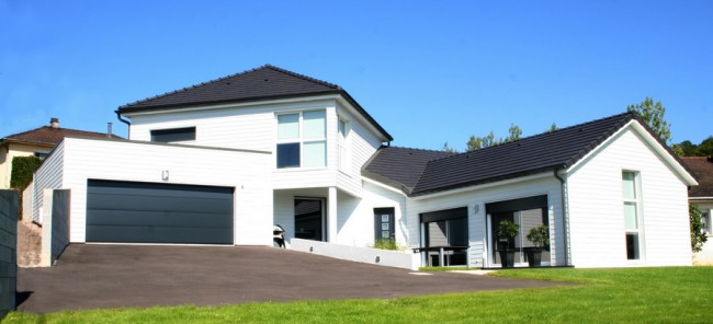 maison basse bois awesome maison basse bois with maison basse bois perfect duune maison. Black Bedroom Furniture Sets. Home Design Ideas